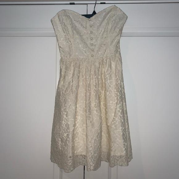 White Lace Dress, Aritzia, Size 2
